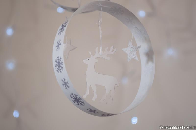 Boule de Noël en papier